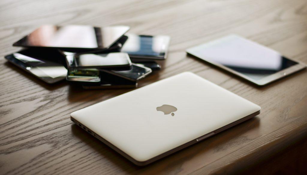 apple phones are in trend