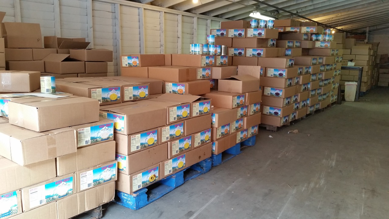 pallets, wholesale, merchandise