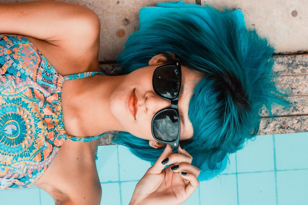 Metro Collection of Sunglasses, women Wearing Blue Sunglasses