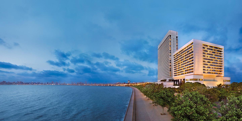 oberoi mumbai exterior view