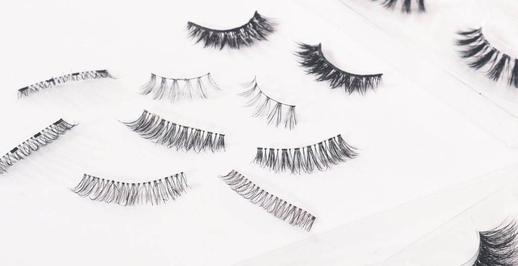 Different Types of False Eye Lashes